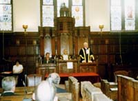 2003_09_The Master addressing the newly made Freemen of the City at the Lord Mayor's Admission Court